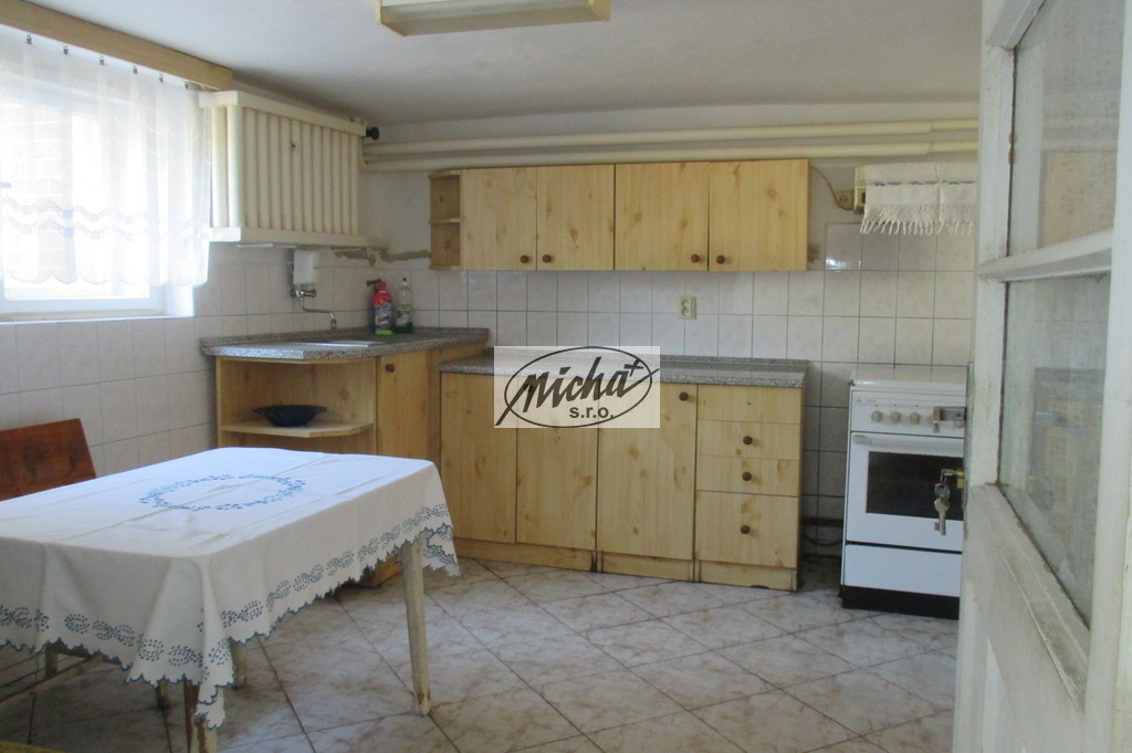 007 kuchyňa