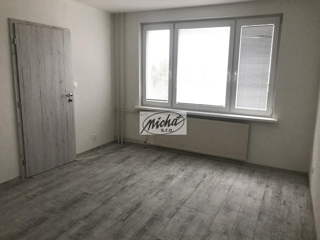 003 izba 2