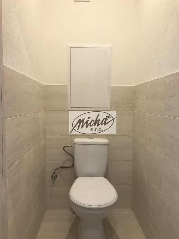 005 wc