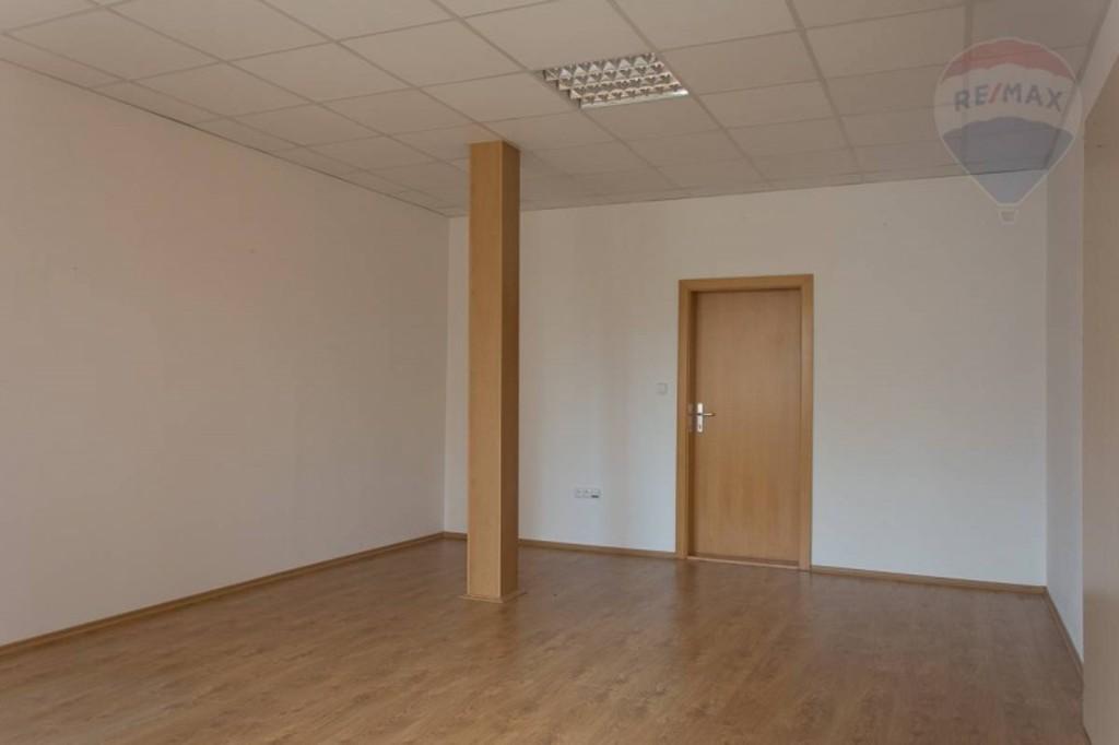 prenájom priestorov kancelárie katarina racikova centrum prievidza