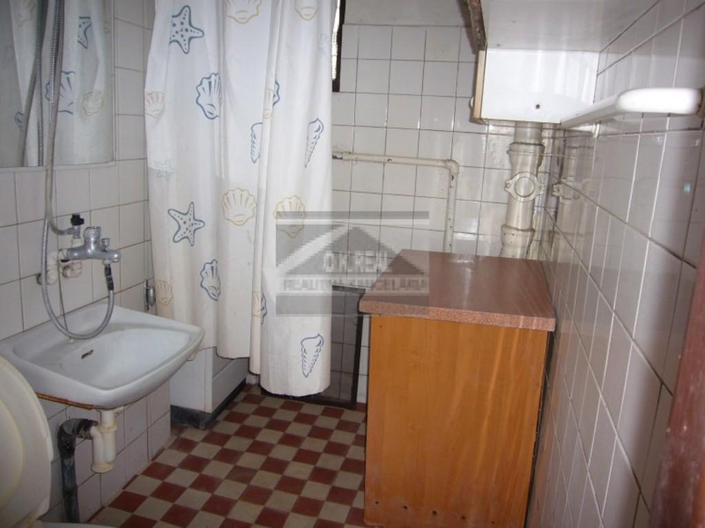 kúpelna v pivnici
