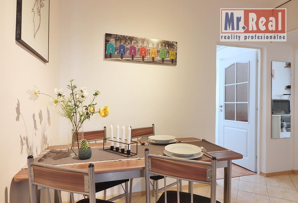3 izbovy byt_Malacky-Malovaneho_jedalen