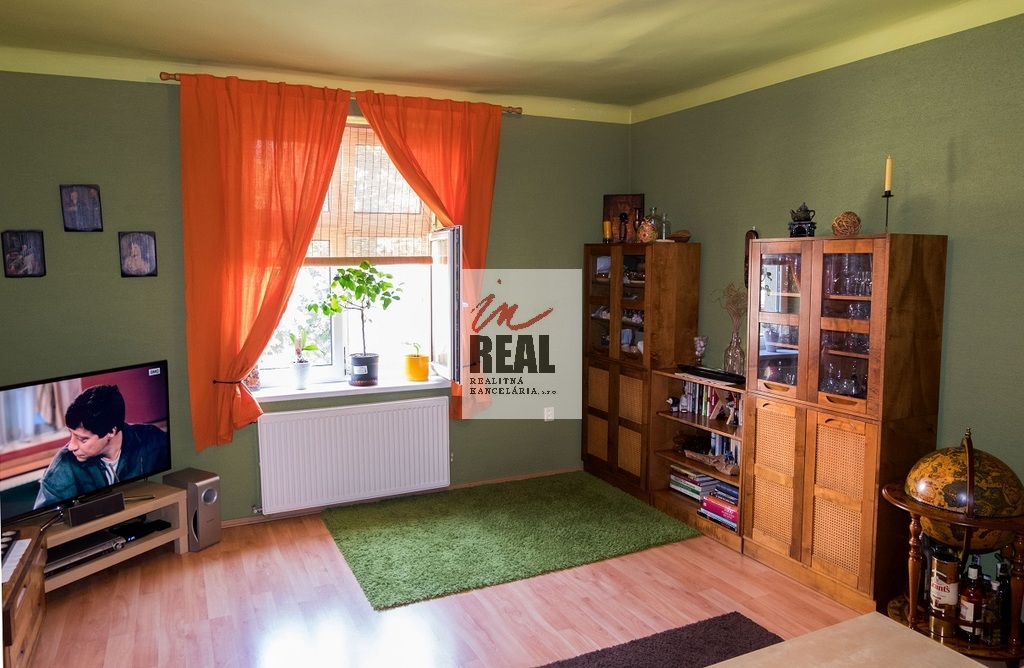 iný pohľad na obývačku