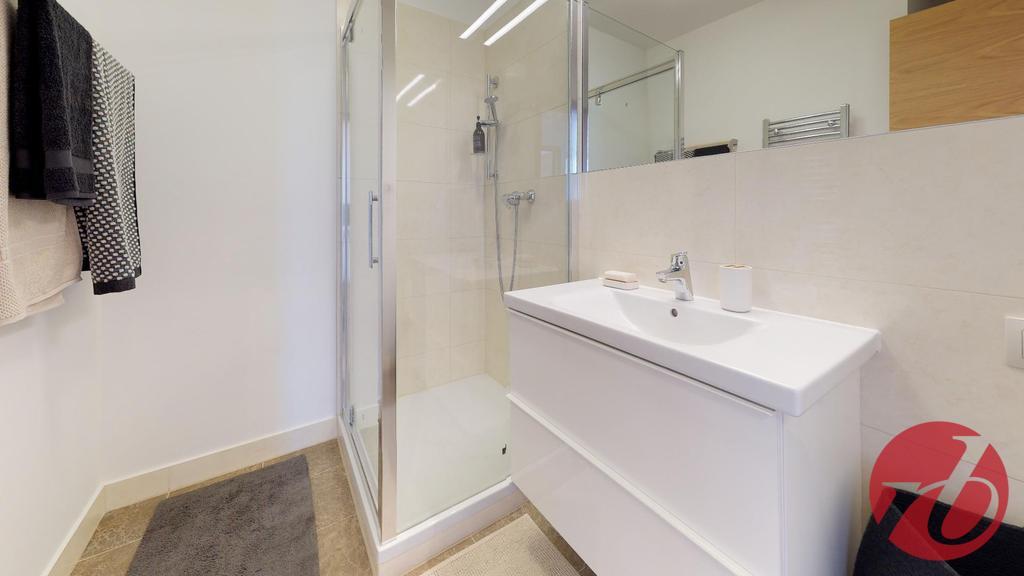07 Kúpeľňa 1