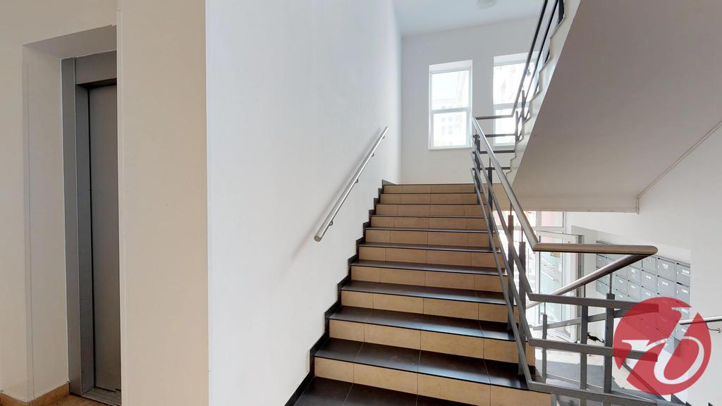 schody, výťah
