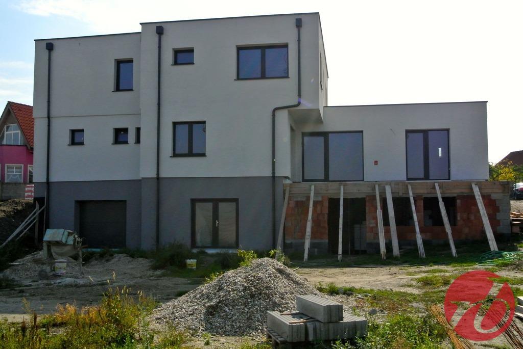 Jarovce - pohľad na dom