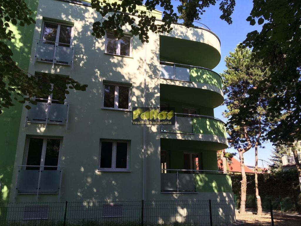 Leto Park House 2
