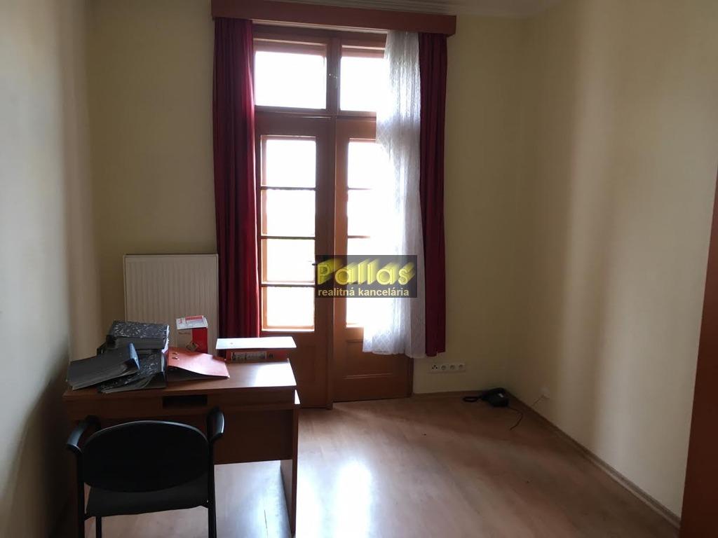 PRENÁJOM repre kancelárie v centre Piešťan 20
