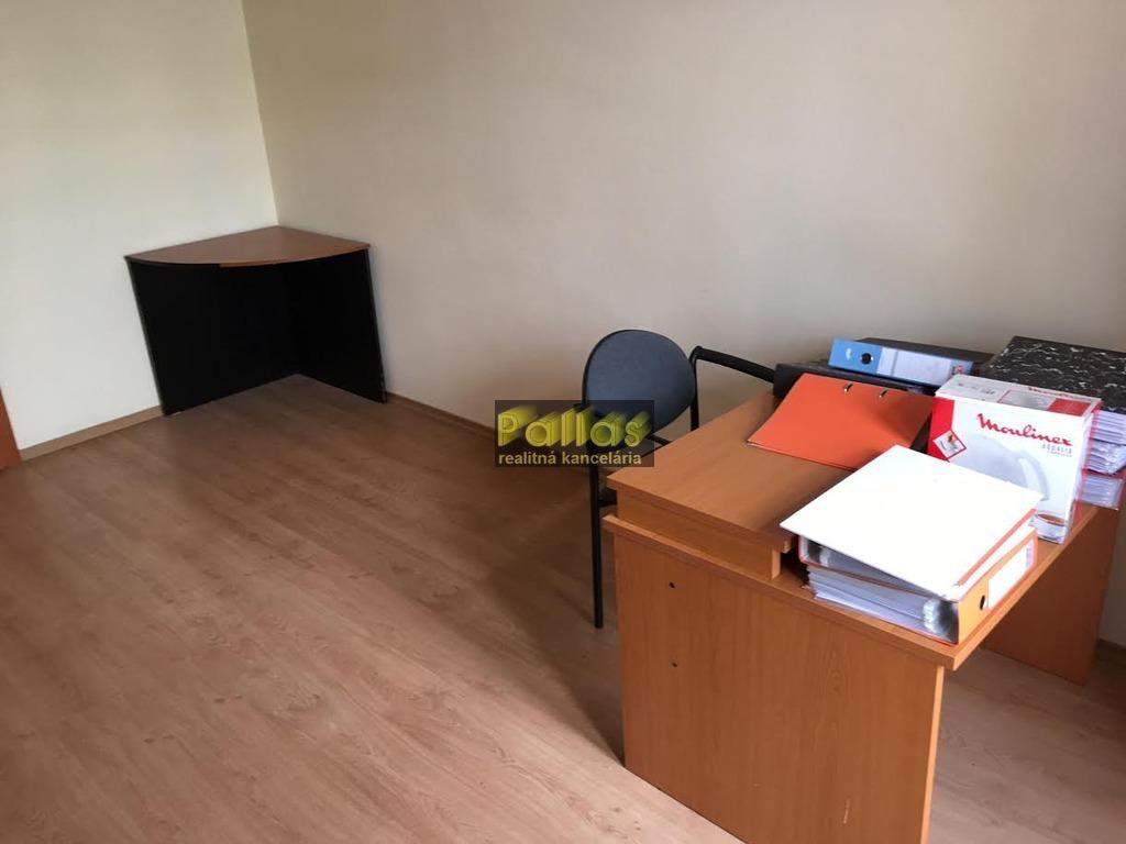 PRENÁJOM repre kancelárie v centre Piešťan 15