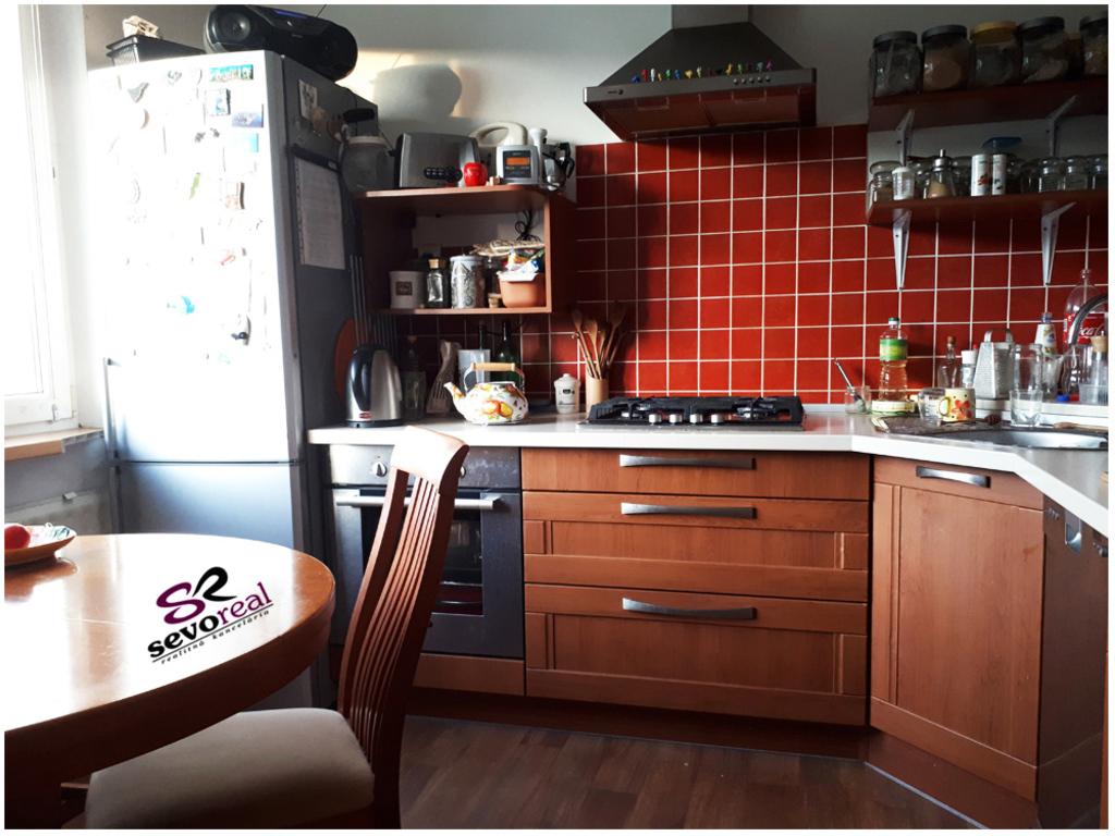 x_025_839_kuchyna