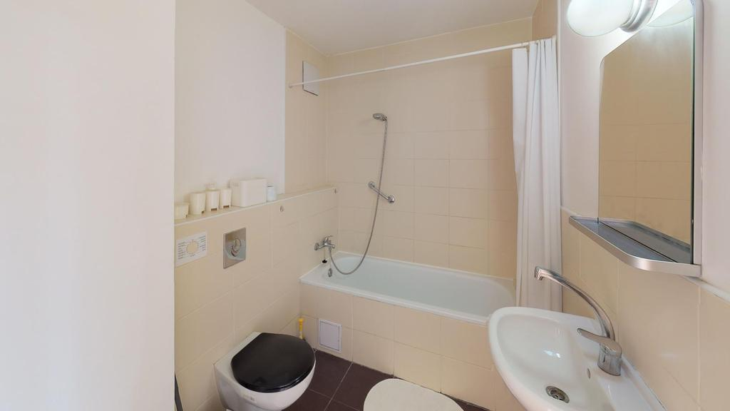 Koloseo-Jancina-2-Izb-Bathroom