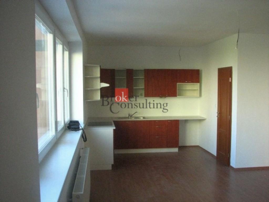 2 izbový byt - kuchynská časť