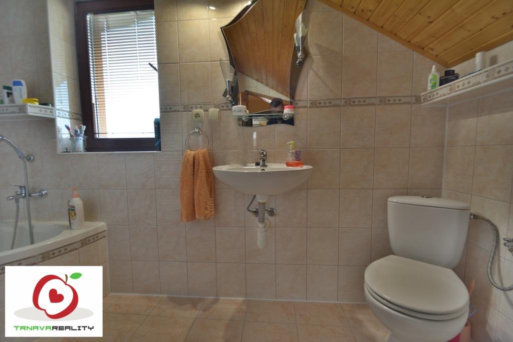 Kúpeľňa 2 www.trnavareality.sk