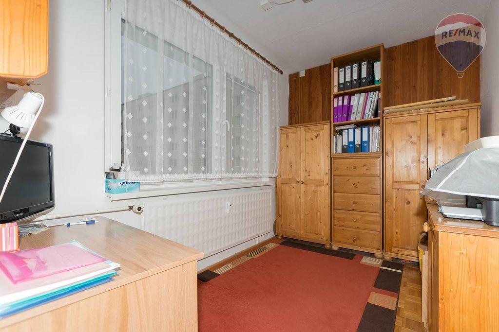 4 izbový byt Liptovský Mikuláš - pracovňa