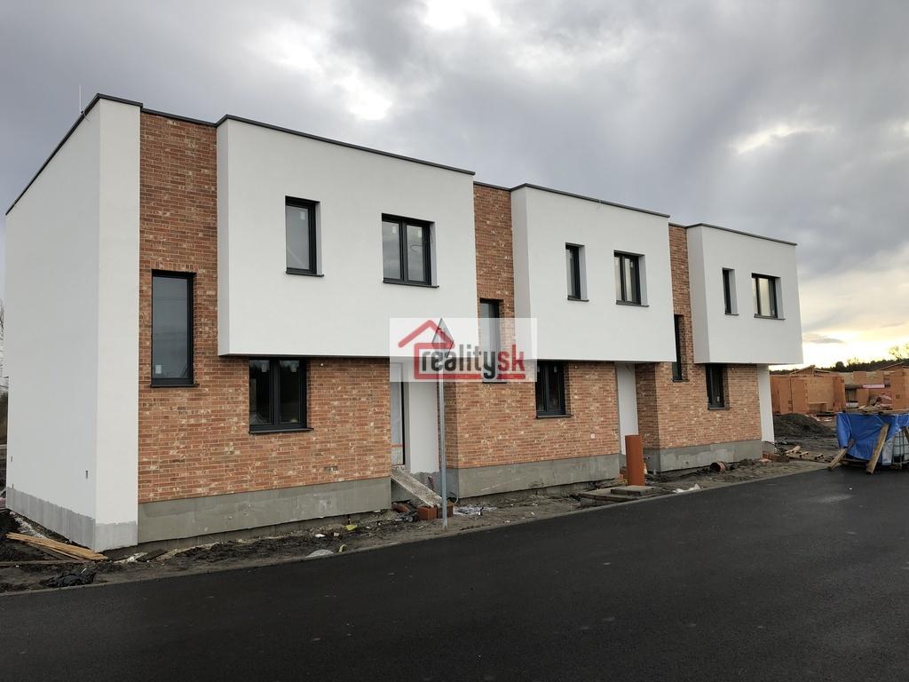Referenčná stavba totožného domu - možná obhliadka